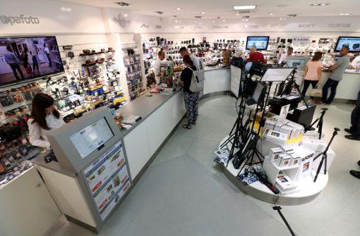 Die 50 kompetenten Mitarbeiter in Stuttgart stehen den Kunden mit Rat und Tat zur Seite: sie kennen sämtliche Trends und Innovationen.