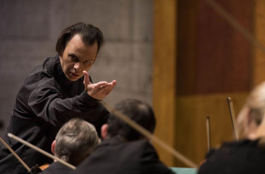 Teodor Currentzis, Chefdirigent des SWR Symphonieorchesters Foto: SWR/Wolf-Peter Steinheißer