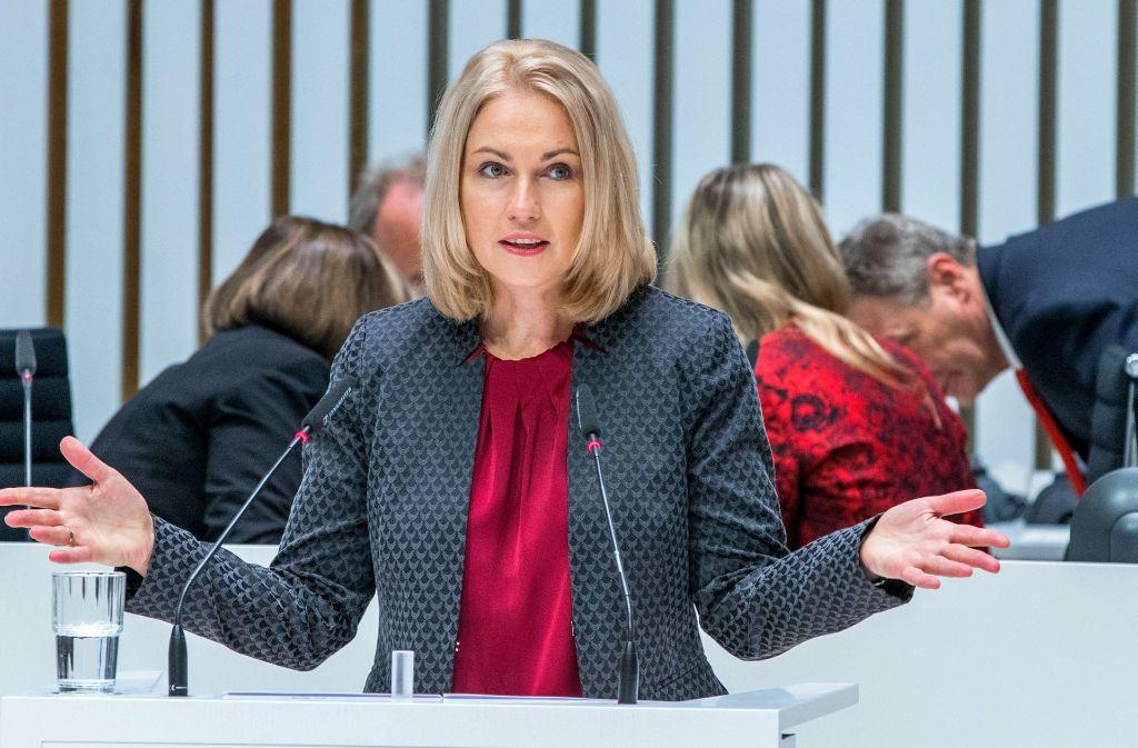 Genervt: SPD-Vizechefin Schwesig ist genervt von den Altvorderen. Foto: dpa
