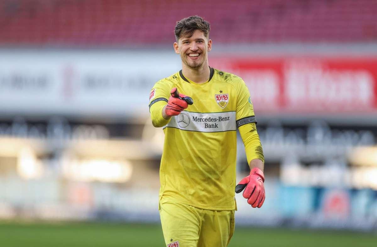 Gregor Kobel hielt für den VfB Stuttgart einen Elfmeter gegen Schalke 04. Foto: imago images/RHR-FOTO