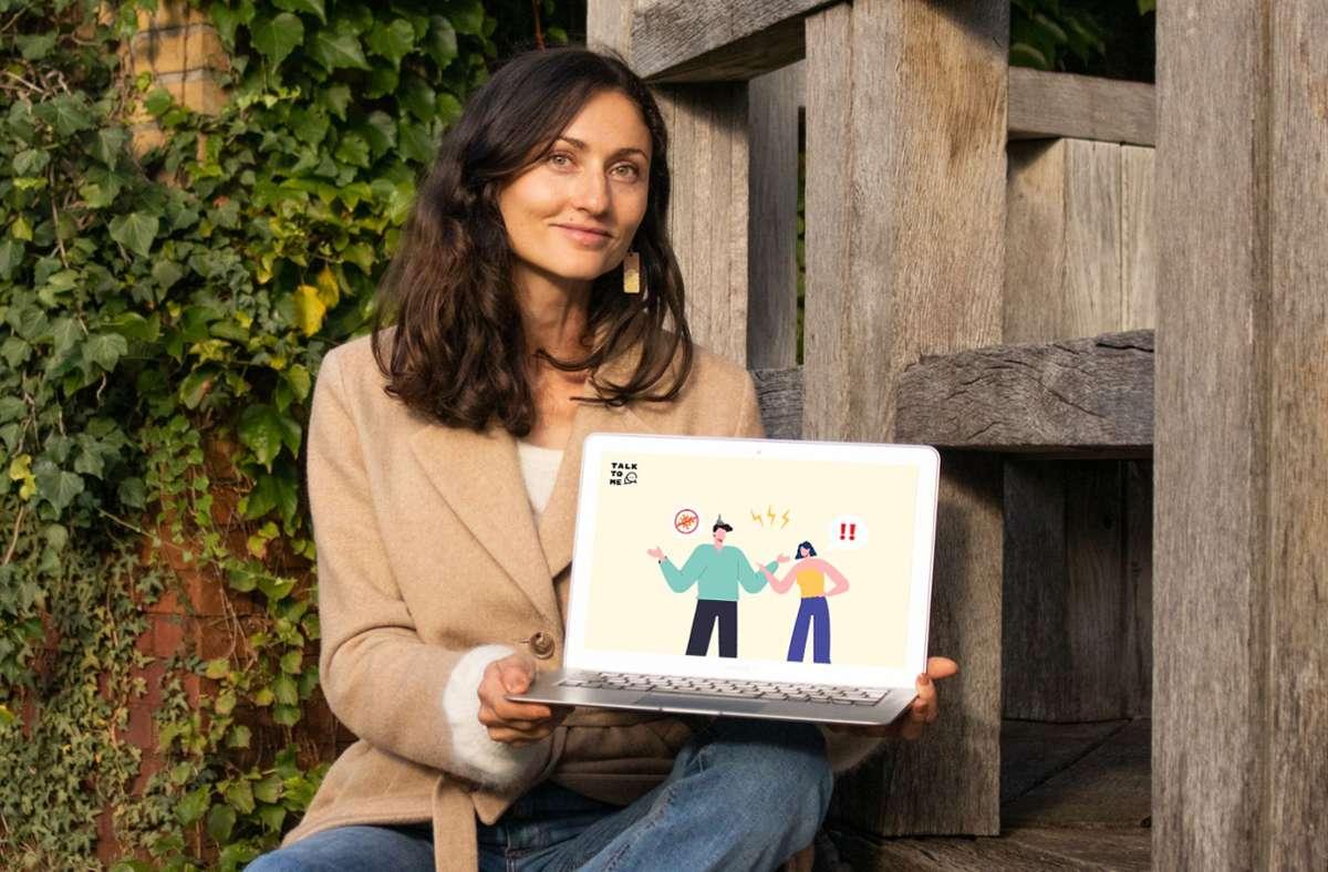 """Victoria Schrank entwickelt die Website """"Talk To Me"""". Foto: /Michael Farkas"""