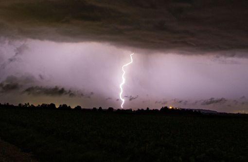 Kräftige Gewitter und Schauer bahnen sich an