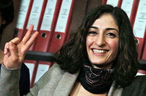 Journalistin Mesale Tolu landet in Stuttgart