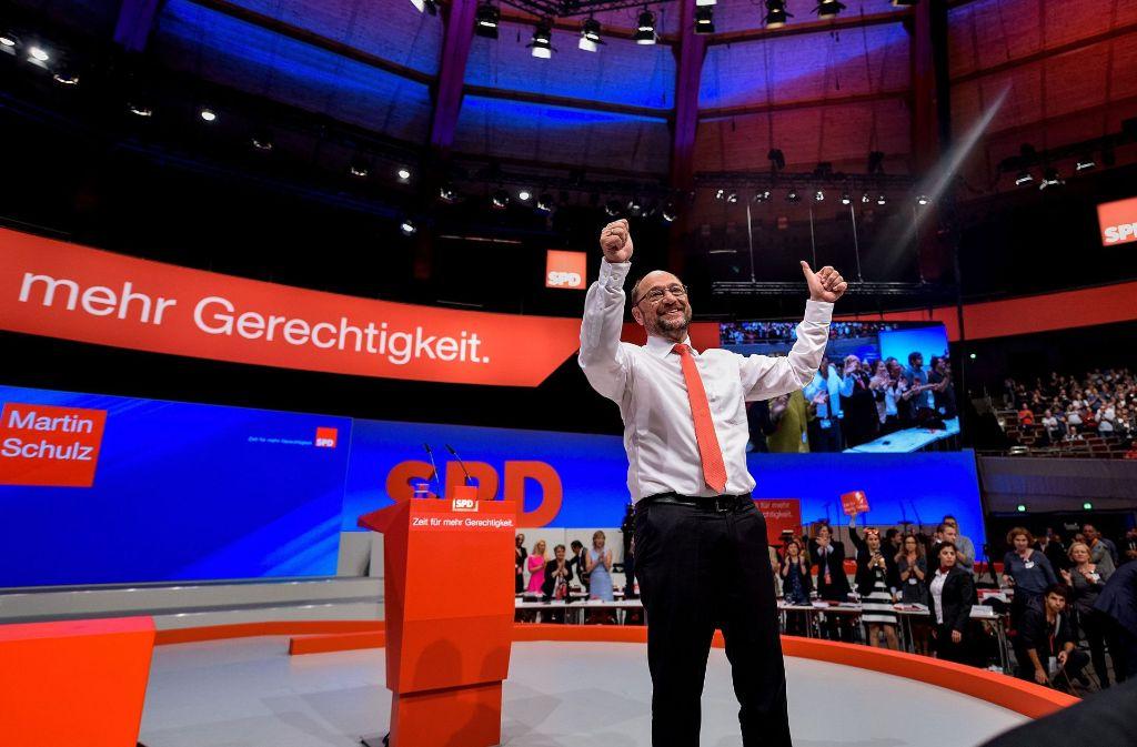 Martin Schulz hat Angela Merkel erstmals heftig attackert. Foto: AFP
