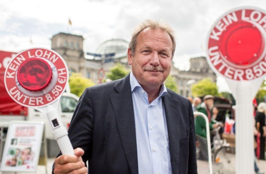 Frank Bsirske, der Provokateur: Heftig attackiert er die große Koalition wegen der vereinbarten Ausnahmen für den Mindestlohn. Foto: dpa