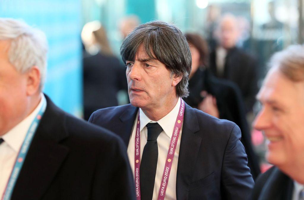 Joachim Löw verfolgte die EM-Auslosung voller Spannung. Foto: PA Wire