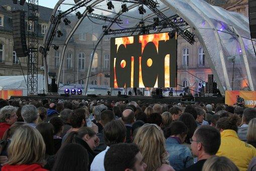 Tatort-Premiere unter freiem Himmel auf dem Stuttgarter Schlossplatz