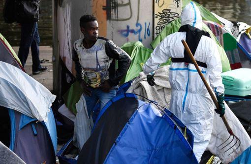 Polizei räumt illegales Flüchtlings-Camp
