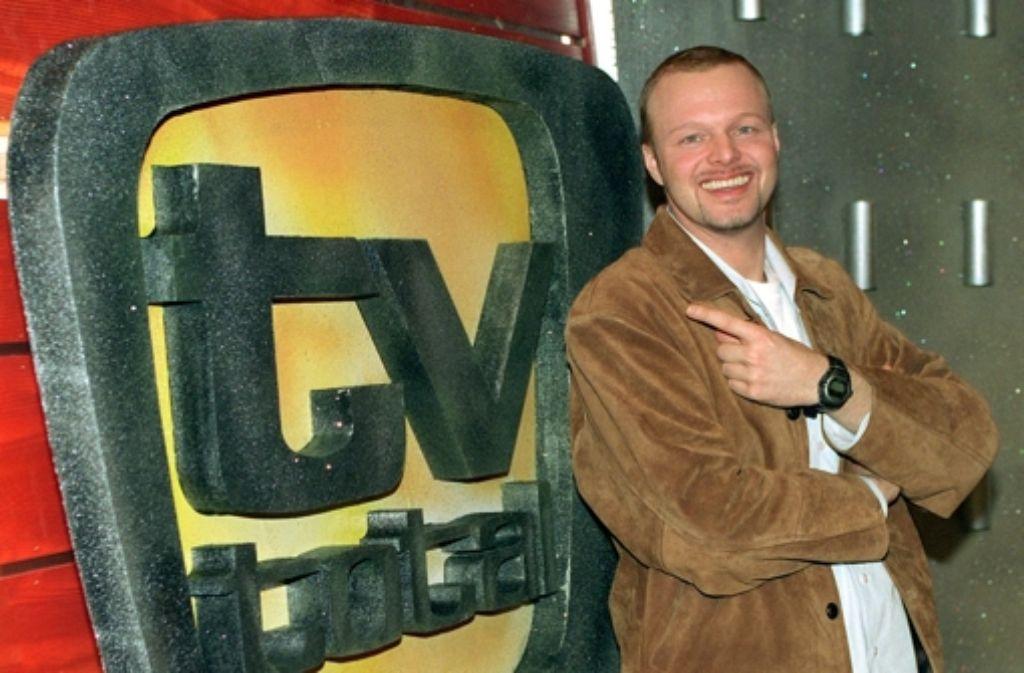 """So fing es an: Stefan Raab 1999 in Köln im Studio seiner Entertaiment-Show """"TV total"""". Foto: dpa"""