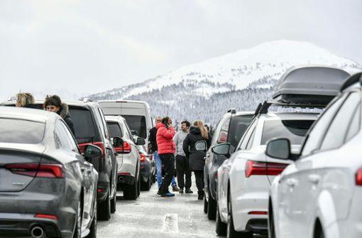Helfer räumen Brennerautobahn wieder frei