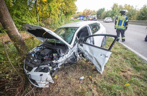 Frontal-Kollision auf der Landstraße – zwei Verletzte