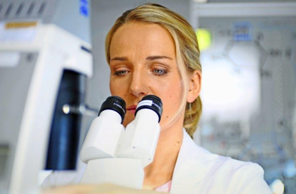 Glaubwürdiges Drama : Tanja Wedhorn  spielt am Freitagabend eine  Biologin. Foto: ARD