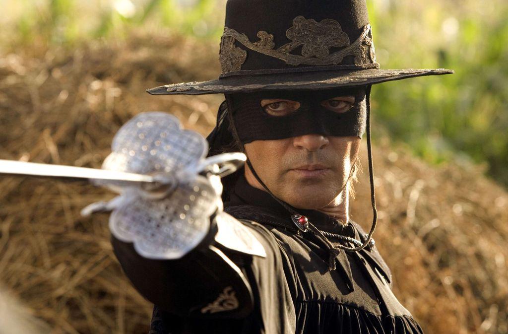 Zorro ist auch heute noch ab und an im Fernsehen zu Gast: in einem der Filme, in denen Antonio Banderas den maskierten Helden gespielt hat.Foto:Sat 1 Foto: