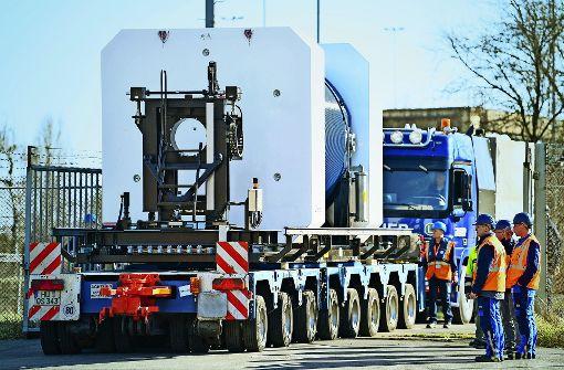 EnBW testet Neckarfahrt von Atommüll