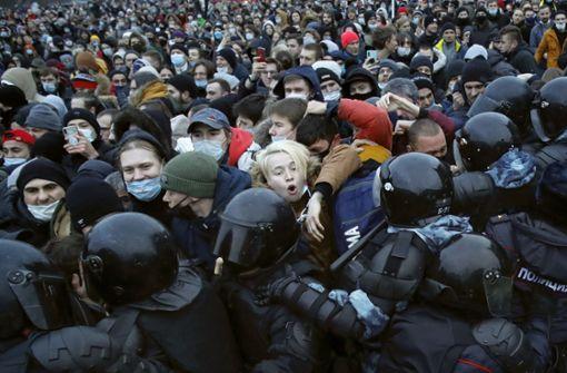 Mehr als 3400 Festnahmen bei Protesten