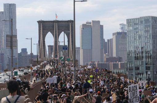 New Yorker  Polizeichef entschuldigt sich