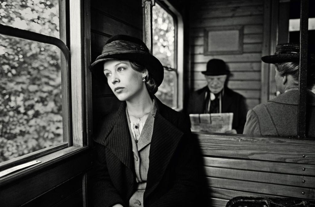 "Der Blick so unbestimmt wie ihr Ziel: Paula Beer als Anna in  ""Frantz"" Foto: X-Verleih"