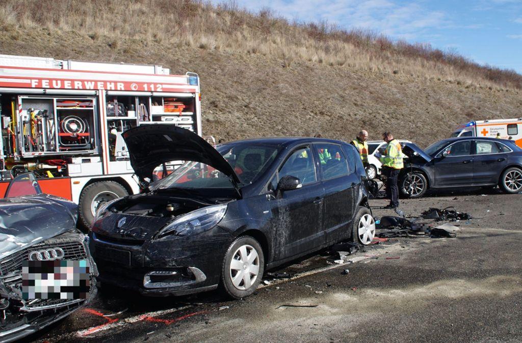 Unfall A8 Karlsruhe