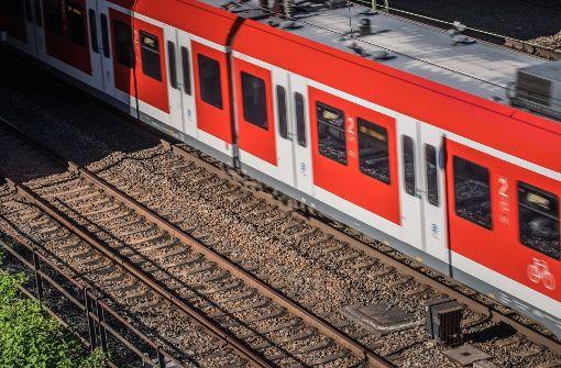 Viele Bahnen und Züge fallen aus