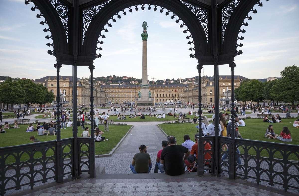 Auch in der Landeshauptstadt Stuttgart normalisiert sich das Leben. Foto: Lichtgut/Julian Rettig