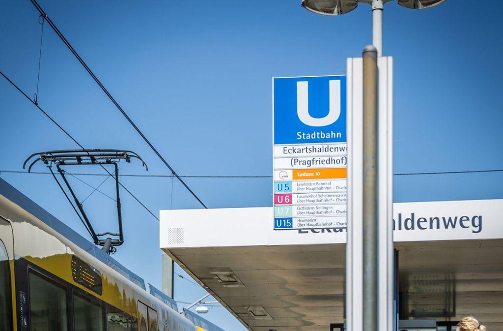 Der Eckartshaldenweg fliegt zum Fahrplanwechsel vom Haltestellenschild. Foto: Lichtgut/Julian Rettig