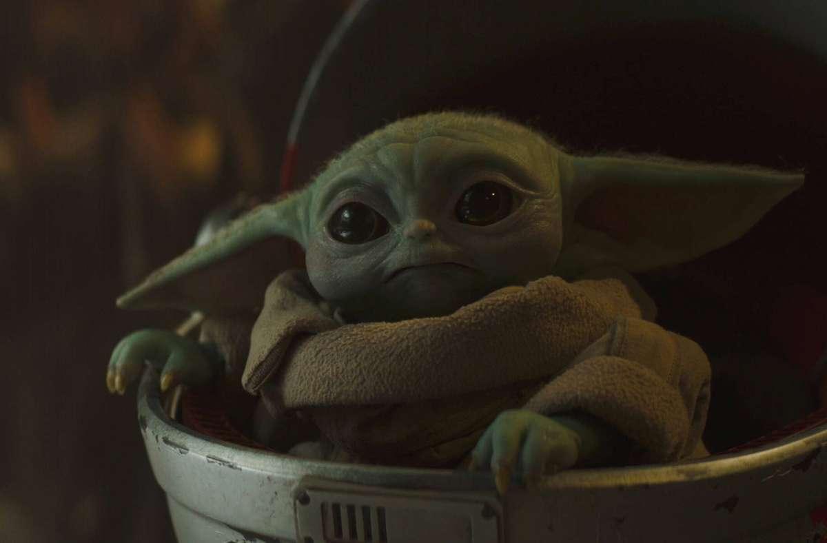 """Zu den  Tricks in der """"Star Wars""""-Serie """"The Mandalorian"""" gehört die animierte Figur des späteren Jedi-Meisters Yoda als  Baby. Foto: imago images/Cinema Publishers Collection"""