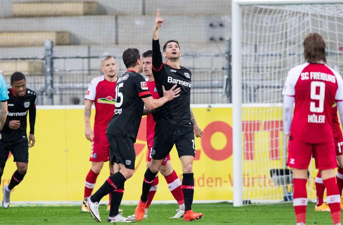 Lucas Alario traf doppelt gegen Freiburg. Foto: dpa/Tom Weller