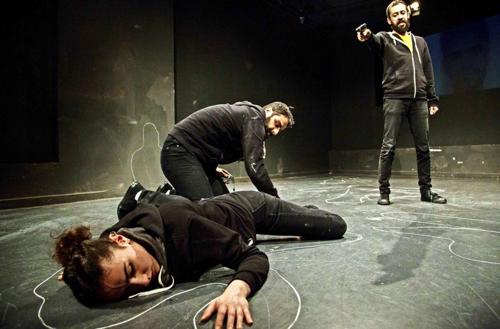 """""""Auch Deutsche unter den Opfern"""": Tugsal Moguls Theaterstück in Istanbul Foto: Yücel Kursun"""
