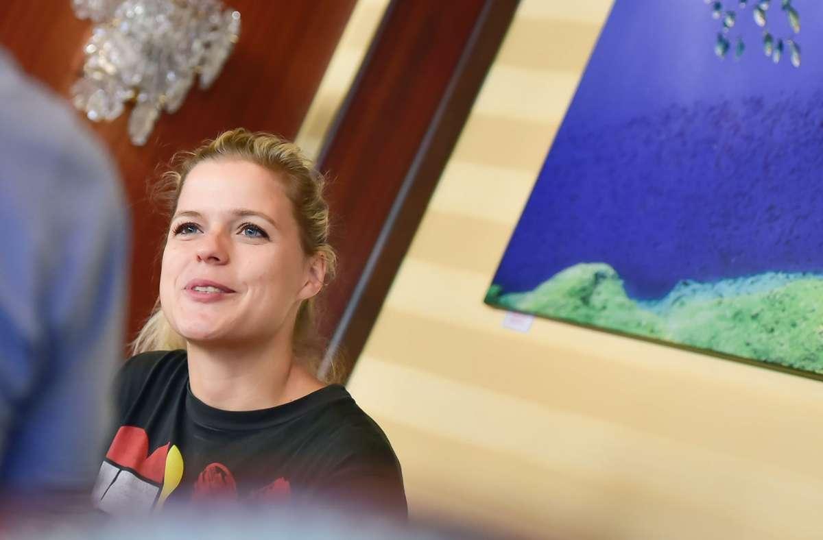 Sara Dahme startet ein neues Kunstprojekt: ihren Kultur Kiosk. Foto: Max Kovalenko