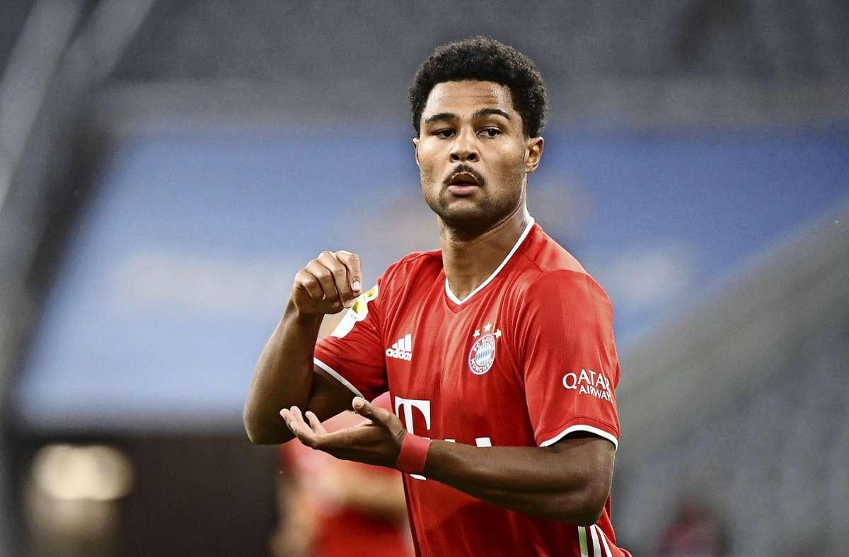 Serge Gnabry ist mit einem Marktwert von 90 Millionen Euro nicht nur der wertvollste Bayern-Spieler. Nach Jadon Sancho und Erling Haaland (BVB) hat er den dritthöchsten Marktwert der Bundesliga. Foto: dpa/Matthias Balk
