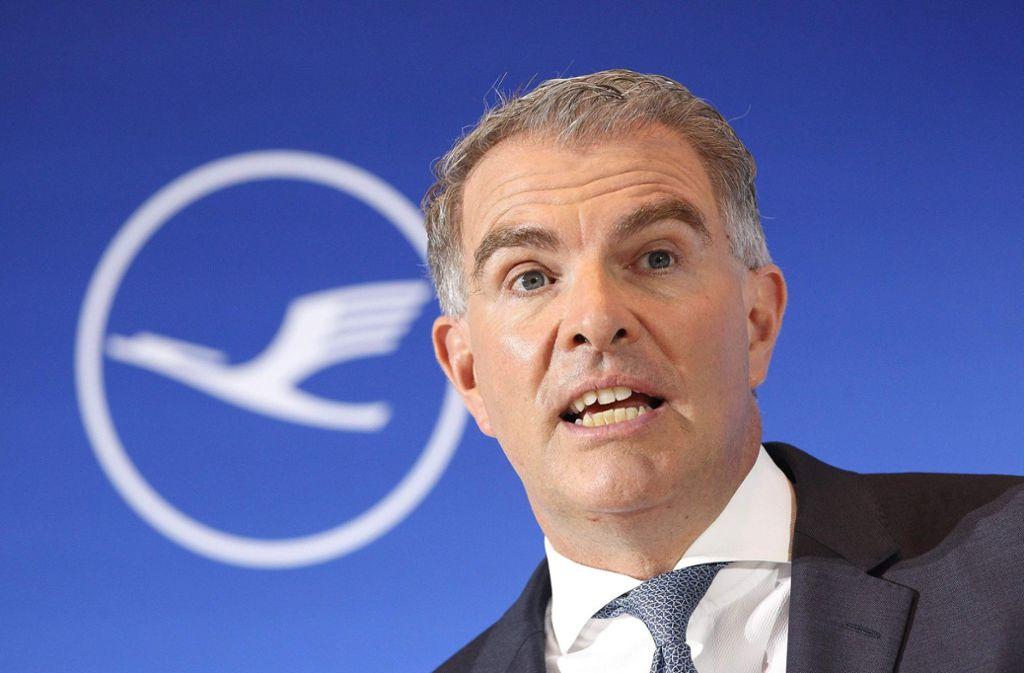 Lufthansa-Chef Carsten Spohr auf der Bilanzpressekonferenz in Frankfurt. Foto: AFP