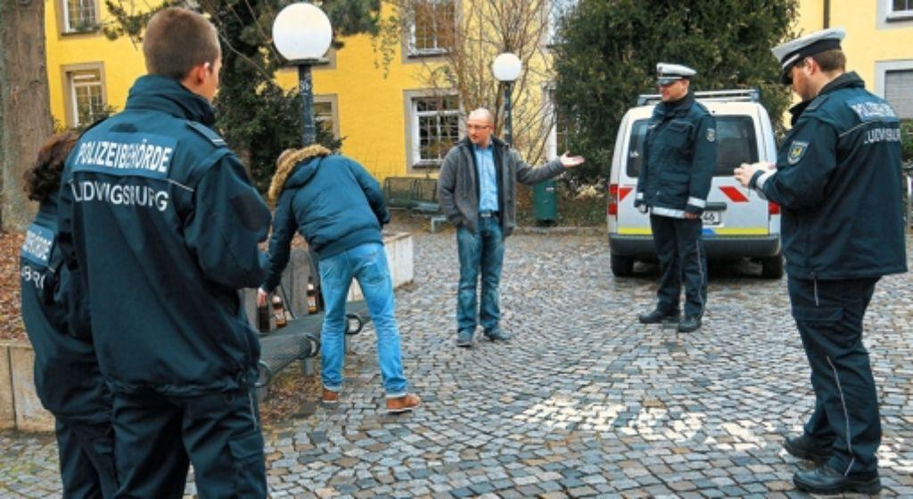 Ludwigsburger Polizeischüler bei einem Rollenspiel. Foto: factum/Granville