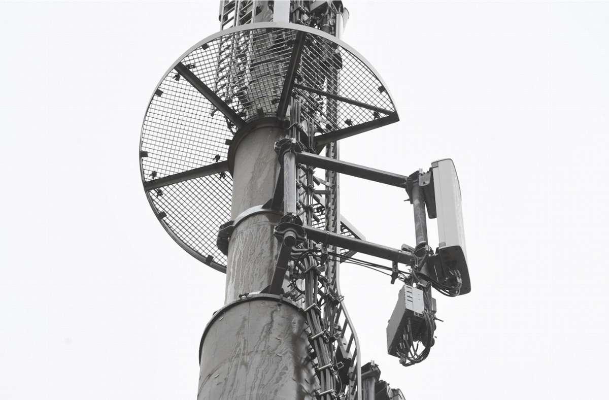 Der Ausbau des 5G-Netzes in Frankreich ist umstritten. Der Präsident beweist dabei keine glückliches Händchen. Foto: dpa/Stefan Sauer