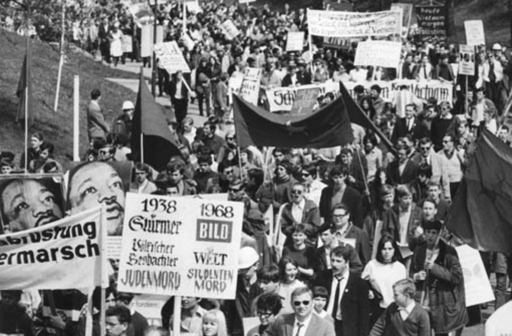 Nachdem der Studentenführer und SDS-Ideologe Rudi Dutschke am 11. April 1968 bei einem Mordanschlag lebensgefährlich verletzt wurde, kam es zu den schwersten Krawallen in der Geschichte der Bundesrepublik - auch in Stuttgart. Foto: dpa