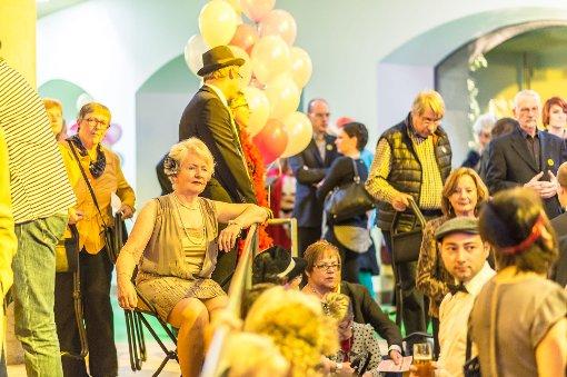 Feiern wie auf Schlemmers Bauhaus-Festen