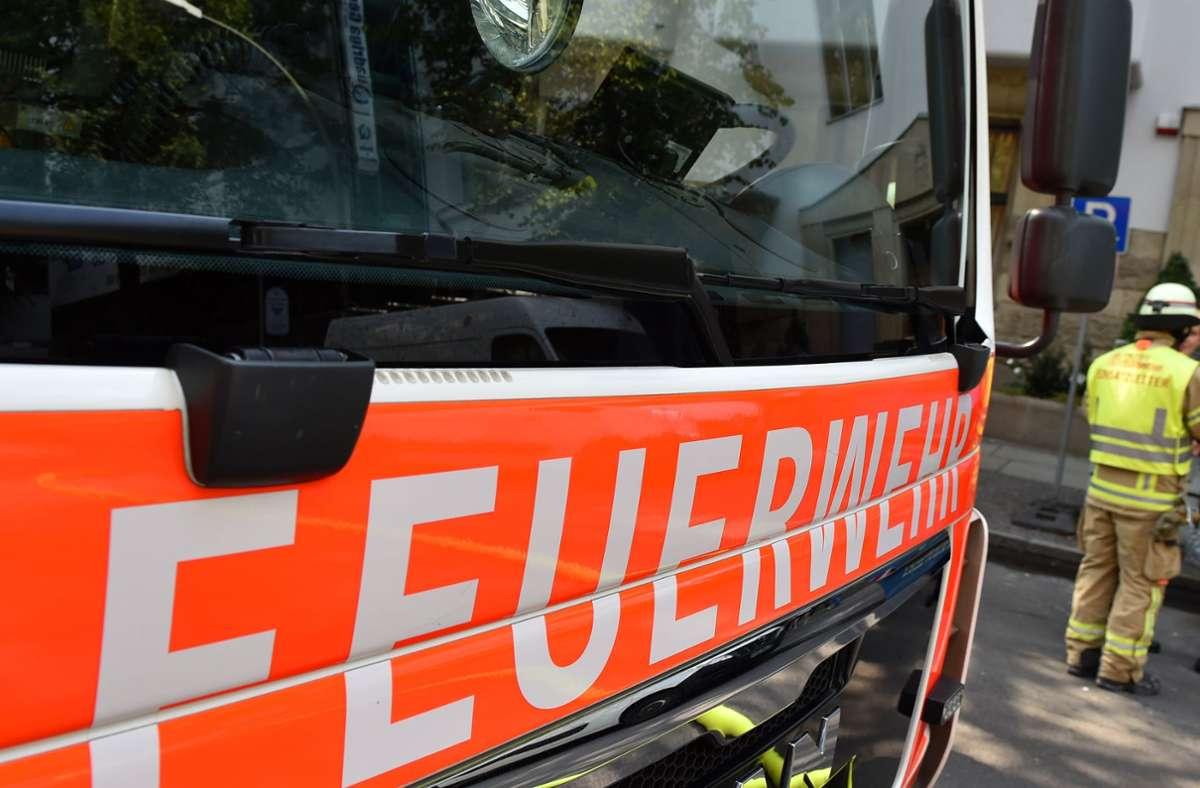 Im Crailsheimer Stadtgebiet musste die Feuerwehr am Montag zu 119 Einsätzen ausrücken. (Symbolfoto) Foto: picture alliance / dpa/Jens Kalaene