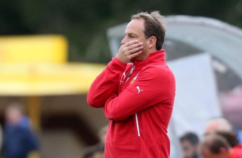 Wir machen dem Gegner das Toreschießen immer noch zu leicht, sagte VfB-Coach Alexander Zorniger nach dem 2:2 gegen Heidenheim. Foto: Pressefoto Baumann