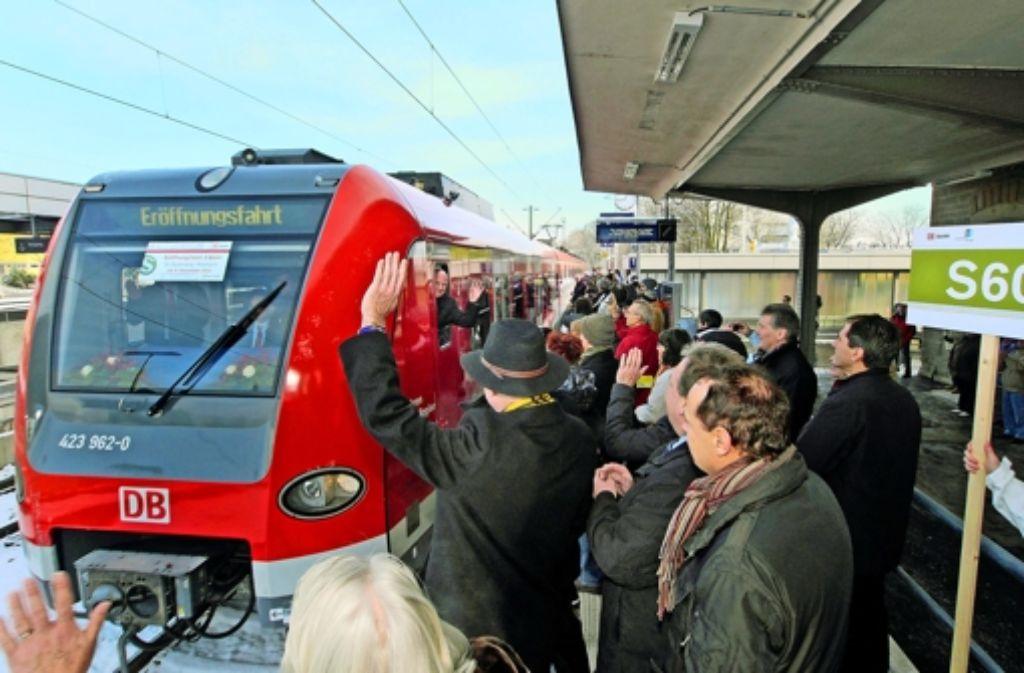 Mit der S-Bahn gab es zuletzt viel Ärger – ein schöner Moment war dagegen die Eröffnung der S60 von Böblingen nach Renningen im Dezember 2012. Foto: factum/Weise