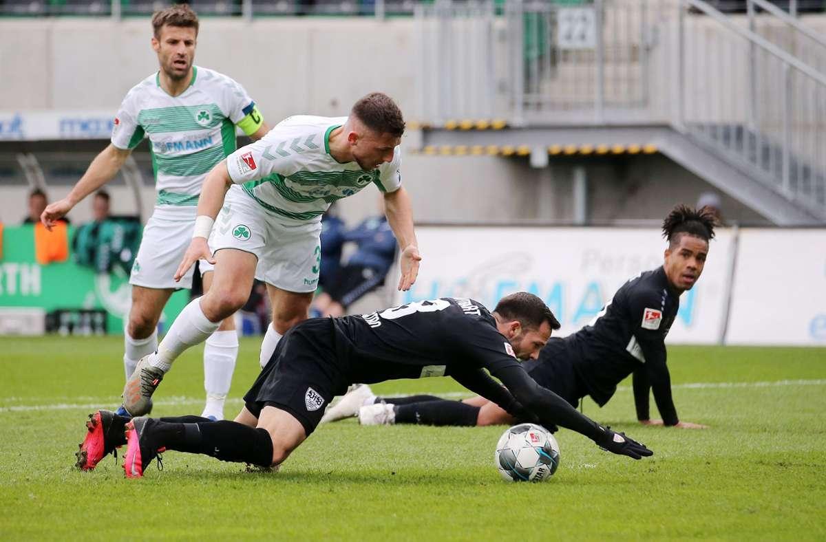 Neue Herausforderung bei Vitesse Arnheim: Maximilian Wittek  (li.) von der SpVgg Greuther Fürth. Der Verteidiger unterschrieb in dieser Woche einen Dreijahresvertrag beim niederländischen Erstligisten.  Foto:  Baumann