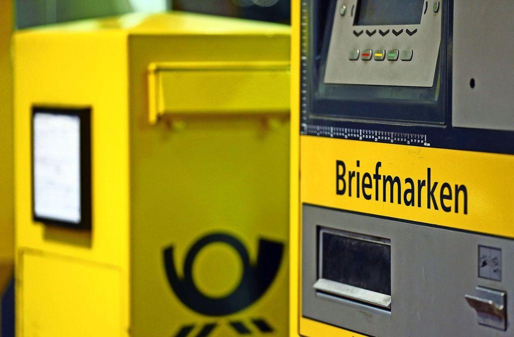 Das Briefporto könnte nächstes Jahr wieder  teurer werden. Foto: dpa