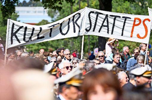 Aufbruch Stuttgart liest Kuhn die Leviten
