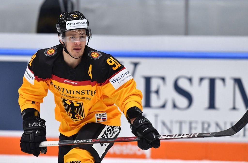 Denkt über die Karriere hinaus: Eishockey-Nationalspieler Moritz Müller Foto: dpa