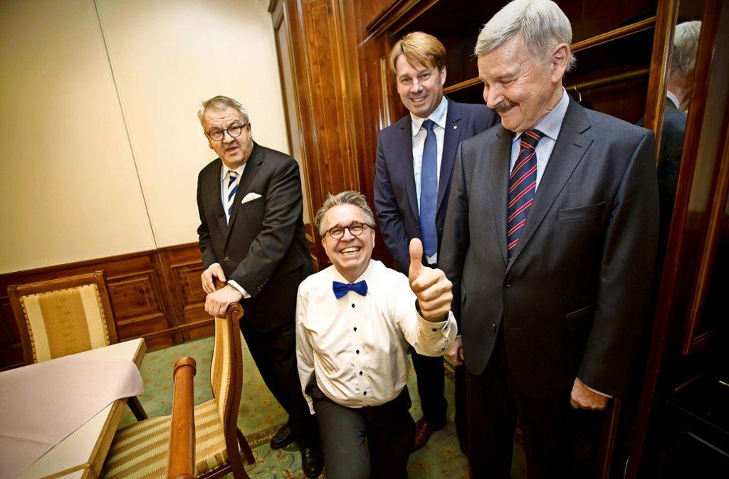 Ein Bild aus glücklichen Tagen: Mit  Bernd Klingler (hinten), vormals FDP,  bildeten   Eberhard Brett,  Heinrich Fiechtner und Lothar Maier (v. li.) eine   AfD-Fraktion. Foto: Lg/Piechowski