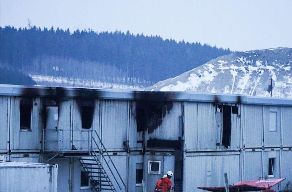 Die Feuerwehr muss erneut zu den S21-Wohncontainern in Hohenstadt ausrücken. Foto: 7aktuell.de/Christina Zambito