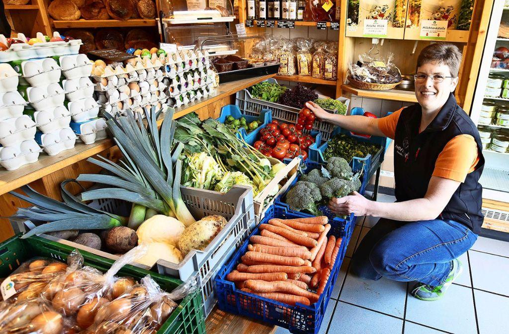 Marion Gölz sagt, viele Kunden bevorzugten  wieder regionale Produkte. Foto: Horst Rudel
