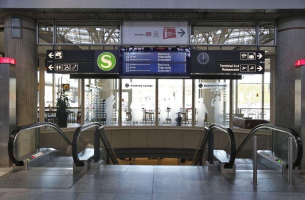 Der Brandschutz für die geplanten Fernbahnhof am Stuttgarter Flughafen könnte die Stadtkasse von Leinfelden-Echterdingen zwei Millionen Euro kosten. Foto: dpa