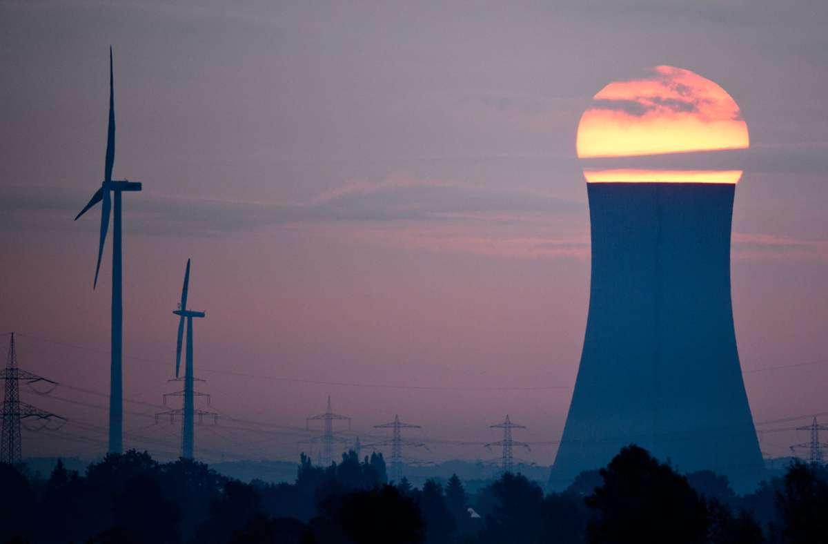 Die Erzeugung aus erneuerbaren Energiequellen nahm um 4,1 Prozent zu. Damit belegten sie im vergangenen Jahr erstmals den zweiten Platz im baden-württembergischen Strommix. (Symbolbild) Foto: dpa/Julian Stratenschulte