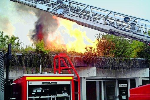 Brand bei Zündelei zu Übungszwecken