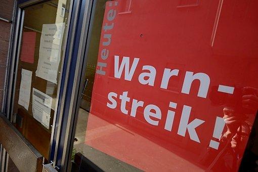Weichen stehen auf unbefristeten Streik