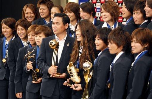 Japans neue Heldinnen wieder zuhause